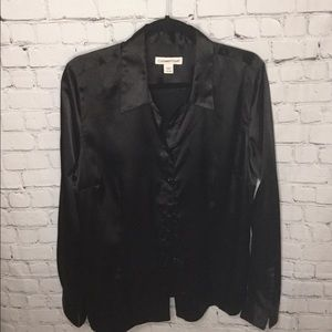Black blouse. New without tags. True black